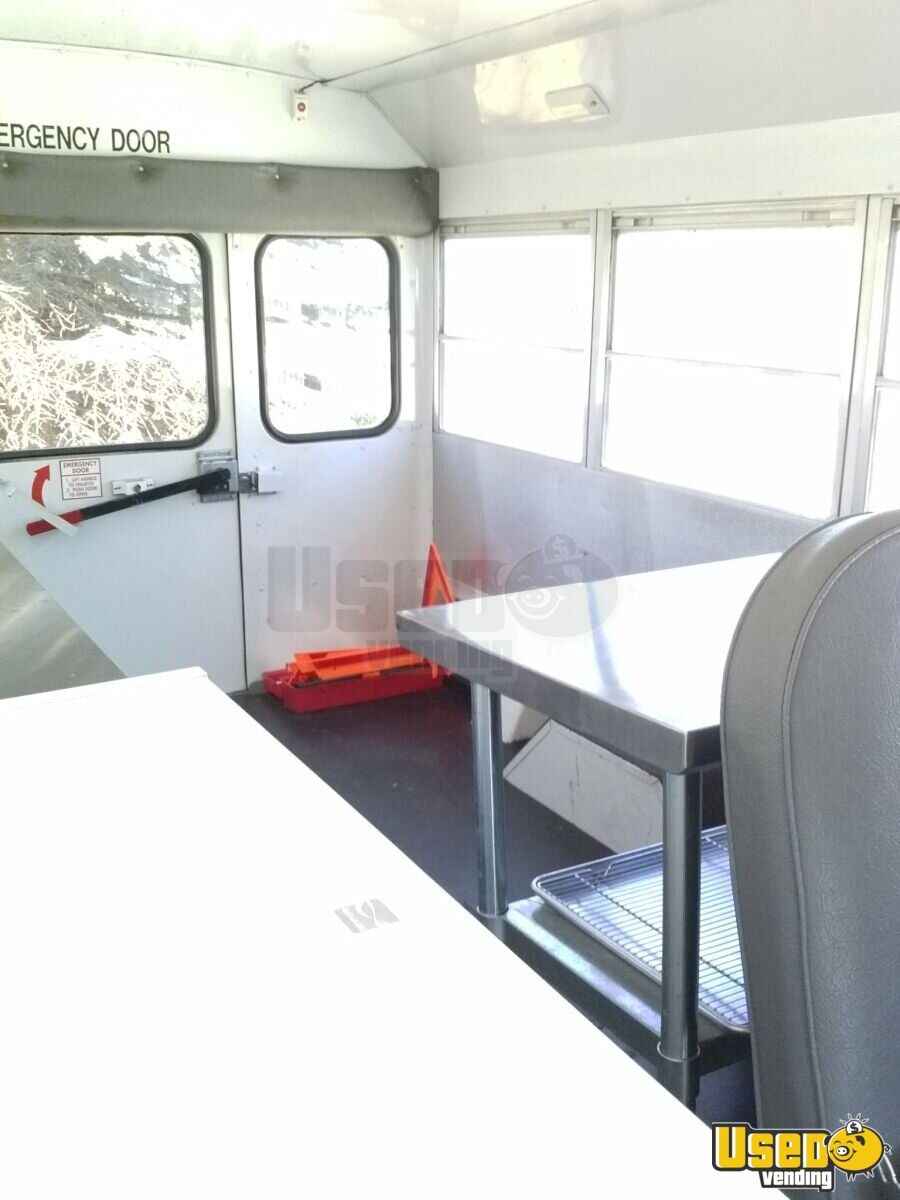 Ford food truck cupcake truck for sale in washington for Table sae j 300 th 1999