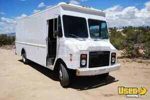 Automatic Chevy Food Truck for Sale in New Mexico!!