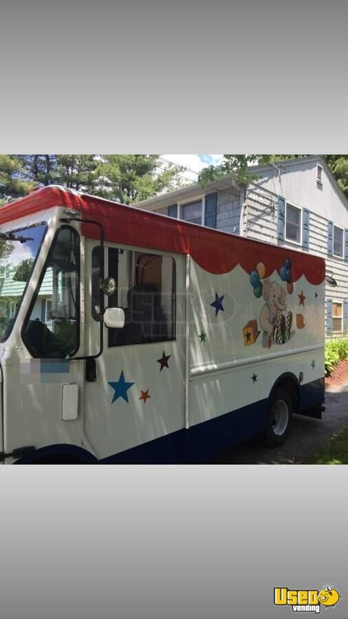 grumman olson ice cream truck for sale in new hampshire. Black Bedroom Furniture Sets. Home Design Ideas