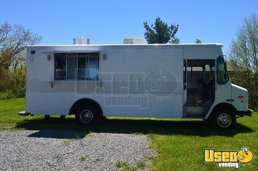 used chevy p30 catering truck food truck in north carolina for sale. Black Bedroom Furniture Sets. Home Design Ideas