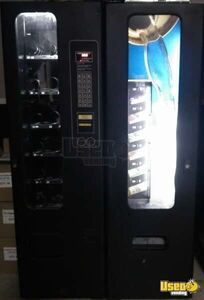 (1) - 2001 FSI 3038-l/3120 Satellite Snack / Soda Combo Vending Machine!!!