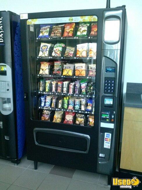 Limos For Sale >> USI Mercato 5000 Machine | Vending Machine for Sale in New Hampshire