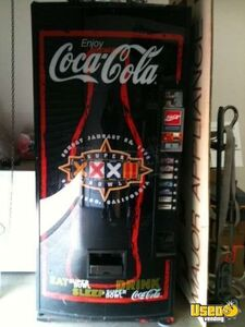 1998 - NFL Collectors Edition Dixie Narco Electrical Soda Vending Machine!!!