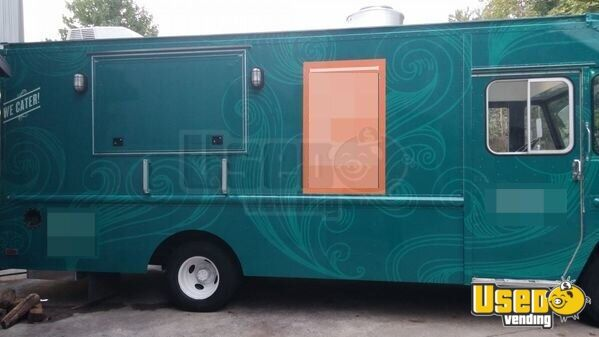 chevy p30 diesel food truck mobile kitchen for sale in georgia. Black Bedroom Furniture Sets. Home Design Ideas