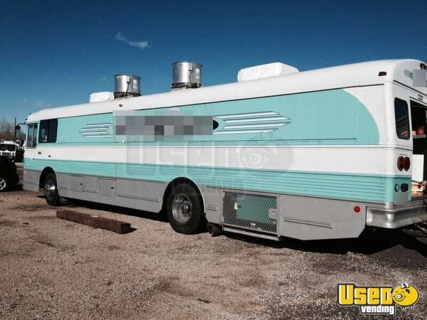 for sale used thomas food truck used in colorado mobile kitchen. Black Bedroom Furniture Sets. Home Design Ideas