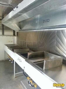 Ford Mobile Kitchen Food Truck for Sale in Texas - Small 28