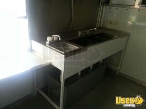 Ford Mobile Kitchen Food Truck for Sale in Texas - Small 33