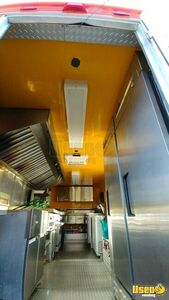 33' Freightliner Utilimaster Mobile Kitchen Truck for Sale in New Jersey - Small 4