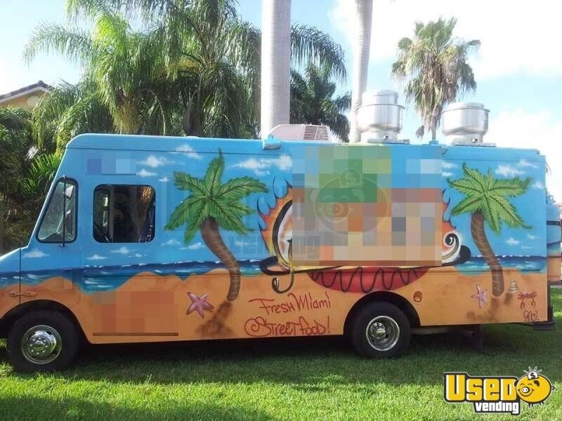 Chevy Workhorse Stepvan Mobile Kitchen Food Truck for Sale in Florida - 2