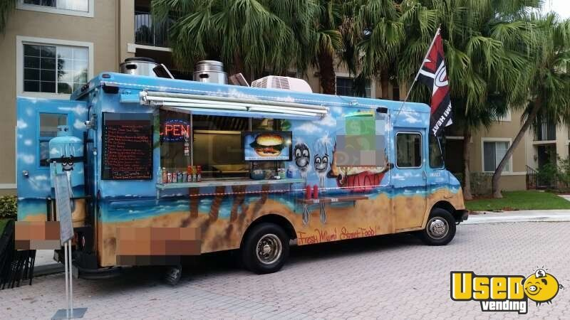 Chevy Workhorse Stepvan Mobile Kitchen Food Truck for Sale in Florida - 4