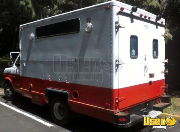 Ford E350 Food Truck for Sale in Oregon - 3
