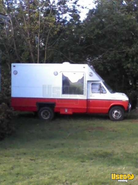 Ford E350 Food Truck for Sale in Oregon - 2