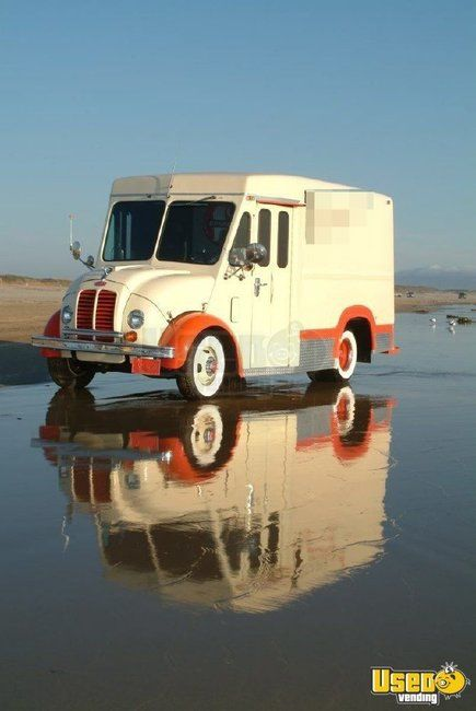 Vintage 1967 Divco Milk Truck for Sale in California- Fully Restored!!!
