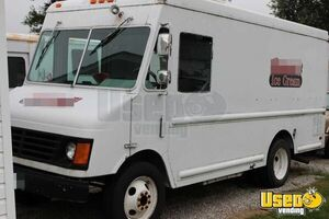 GMC P3500 Used Ice Cream Food Truck for Sale in Ohio!!!