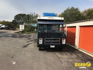 GMC Mobile Kitchen Food Truck for Sale in Illinois - Small 11