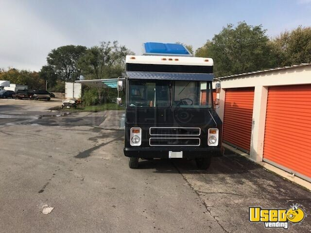 GMC Mobile Kitchen Food Truck for Sale in Illinois - 11