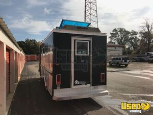 GMC Mobile Kitchen Food Truck for Sale in Illinois - Small 10