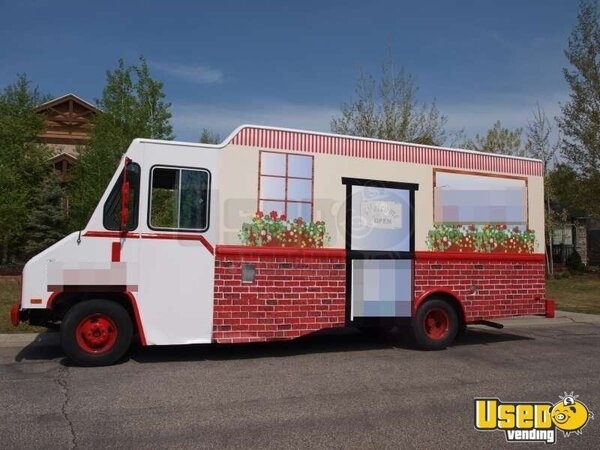 1999 - Chevy P30 Lunch / Food Truck!!!