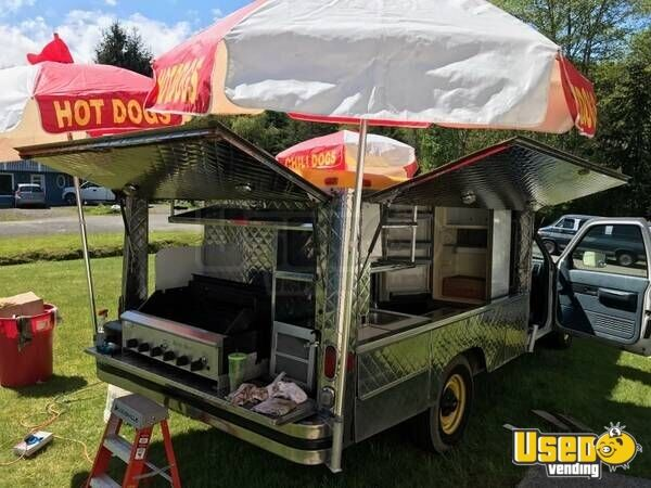 Chevy Lunch/Canteen Truck for Sale in Washington - 4