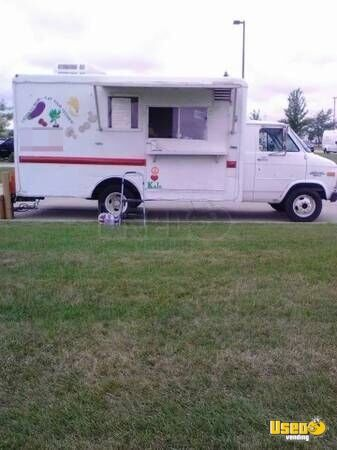 for sale used chevy food truck in illinois mobile kitchen. Black Bedroom Furniture Sets. Home Design Ideas