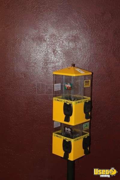 2009 U Turn Terminator Machines Bulk Candy Vending Machines